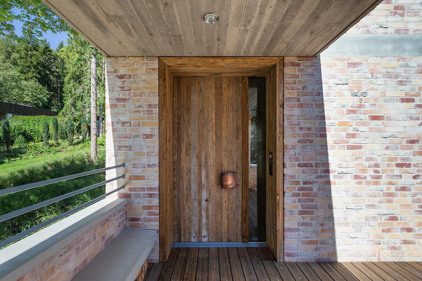 Eiche Eingangstür mit Altholz Türblatt und Futter, flächenbündige Ausführung (innen und außen)
